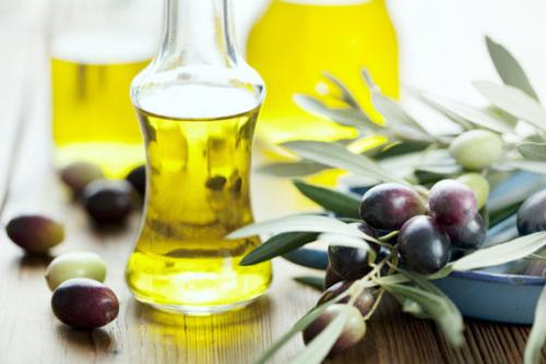 Best Benefits & Uses of Jojoba Oil for Acne & Scars