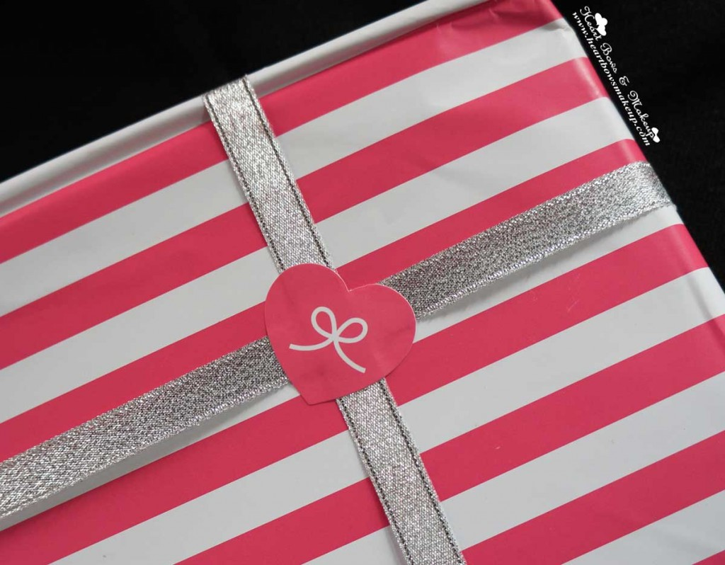 prettysecrets heart bows gift wrapping