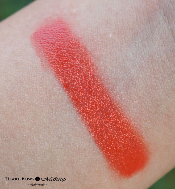 Street Wear Color Rich Lipstick 19 Pink Pirouette Lipstick  Swatch & Review