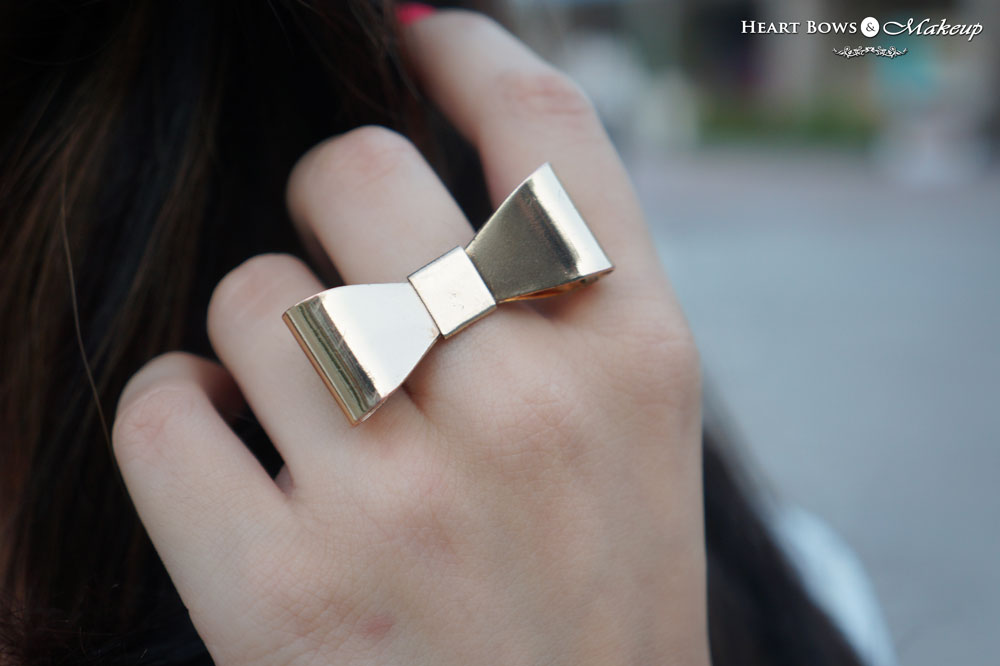 Zotiqq Bow Ring