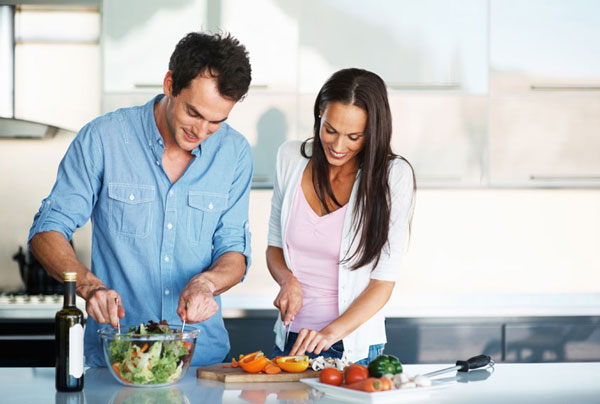 Romantic ideas for valentine 39 s day for him her heart for Easy romantic meals to cook for him