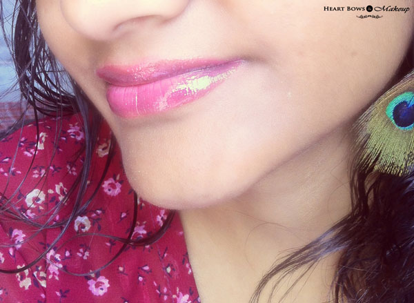 Oriflame Colour Unlimited Lip Gloss Very Fuchsia LOTD Swatches Review