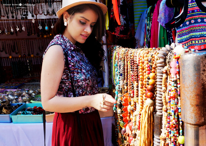 Indian Travel Blogger Street Shopping In Hyderabad