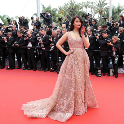 Aishwarya Rai At Cannes 2016 Pictures