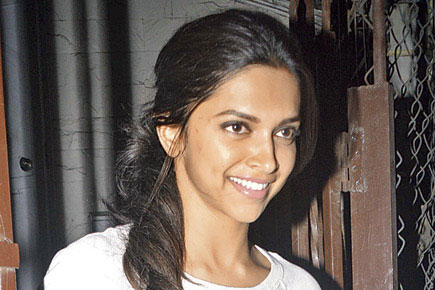 DeePika Padukone Pictures Without Makeup