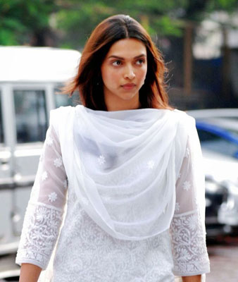 Deepika Padukone Without Makeup Natural Indian Beauty