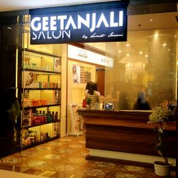 Hair Coloring Experience at Geetanjali Salon, Select City Walk