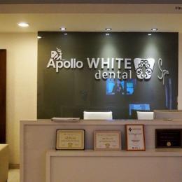 Laser Teeth Whitening at Apollo White Dental Spa, Delhi