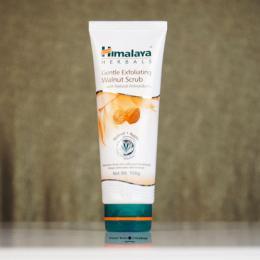 Himalaya Herbals Gentle Exfoliating Walnut Scrub Review, Price & Buy Online India