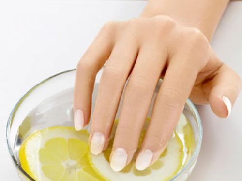 How to Grow Nails Faster & Stronger: 10 Best Home Remedies!