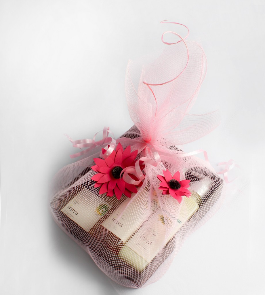 Iraya Valentine's Day Gift pack hamper