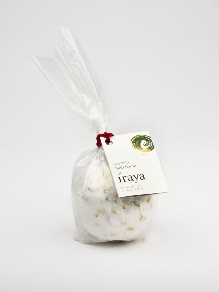 Iraya Seakelp Bath Bomb Review & Price in India