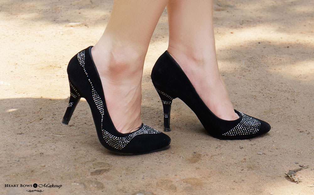 Indian Fashion Blog: Black Pumps
