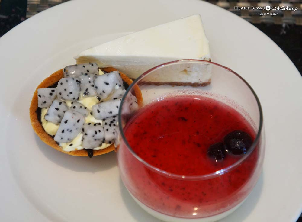 New York Cheesecake, Dragon Fruit Tart & Raspberry Panna Cotta, Ssence Restaurant