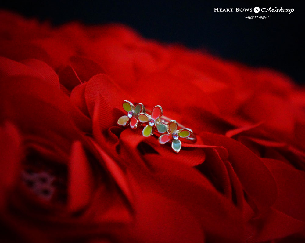 Best Fashion Jewellery Websites India- Dainty Flower Rings