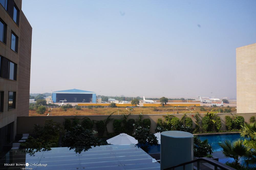 JW Marriott Pool Airport View, Delhi