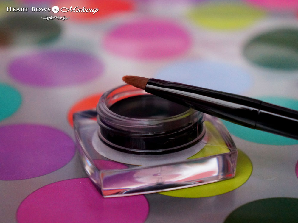 New Maybelline Gel Liner Review, Swatches & Buy Online India