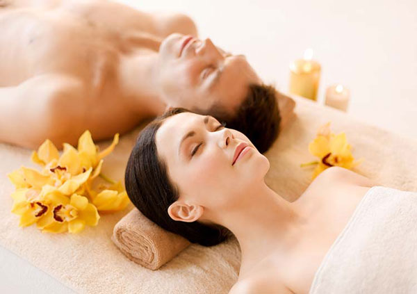 Romantic Valentines Day Date Ideas: Couples Spa