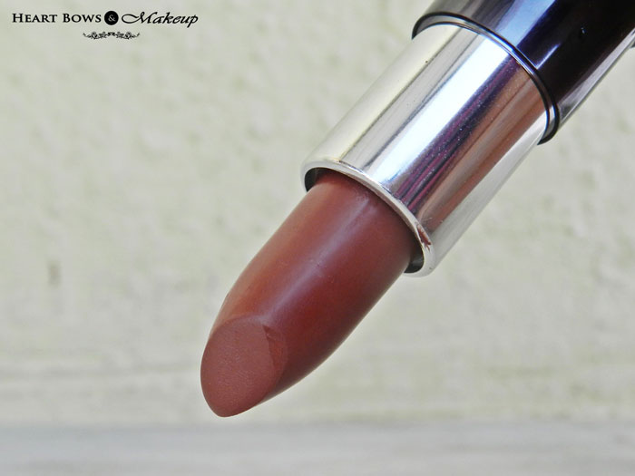 Best Brown/Nude Lipstick India: Oriflame The ONE Matte Lipstick Desert Sand