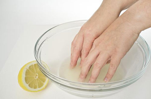 Howto Grow Nails Faster Stronger