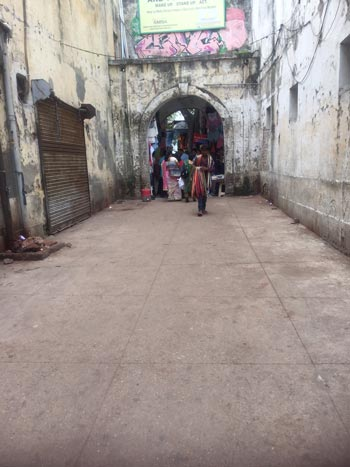 Srojni Nagar India Market Palace