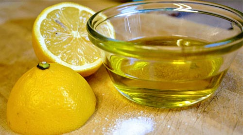 Top 10 Home Remedies To Treat Dandruff With Lemon