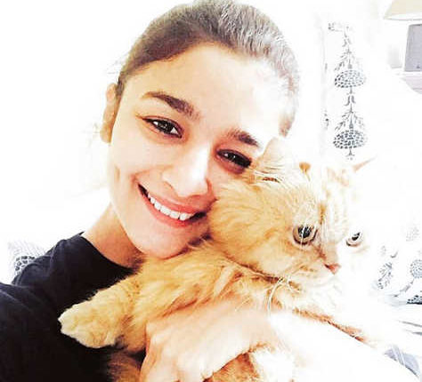 Alia Bhatt No Makeup Photos