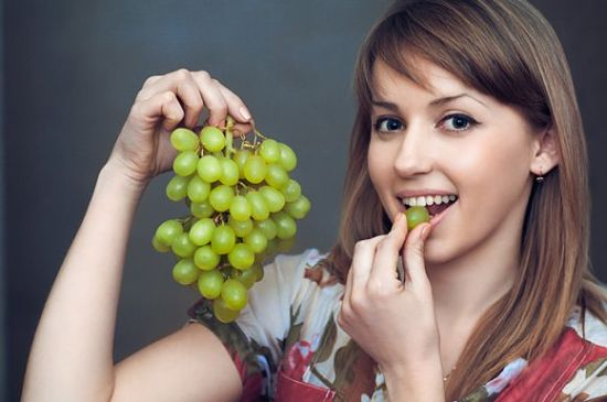 Best Benefits Of Grapes For Skin, Hair And Health