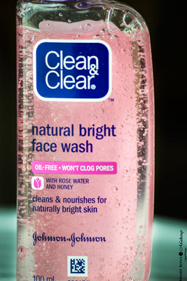 Clean Amp Clear Natural Bright Face Wash Review The Perfect