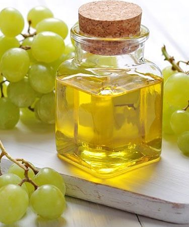 Effective Uses Of Grapes For Hair