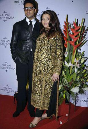 Aishwarya Rai Pregnant Images