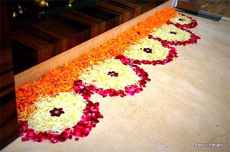 Small Flower Rangoli Designs For House Entrance