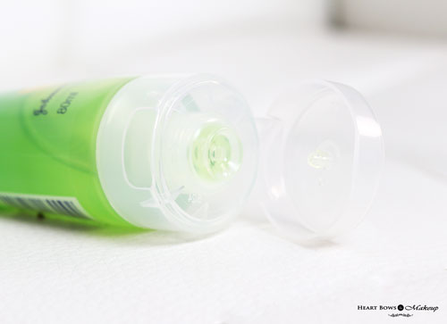 Clean Clear Pimple Clearing Face Wash Review