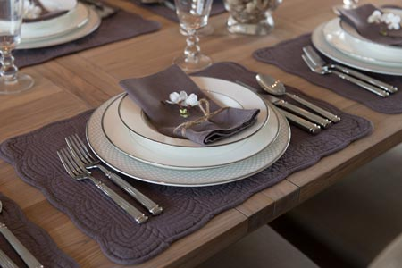 Fine Dining Etiquette To Remember Dos And Donts