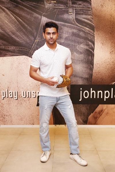 Varun Rishi Indian Mens Fashion Blogger